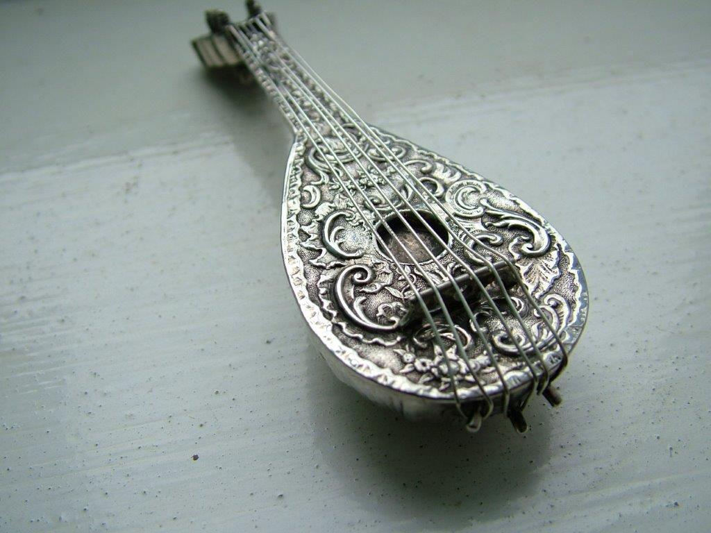 miniature mandolin