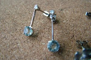white gold pair drop earrings